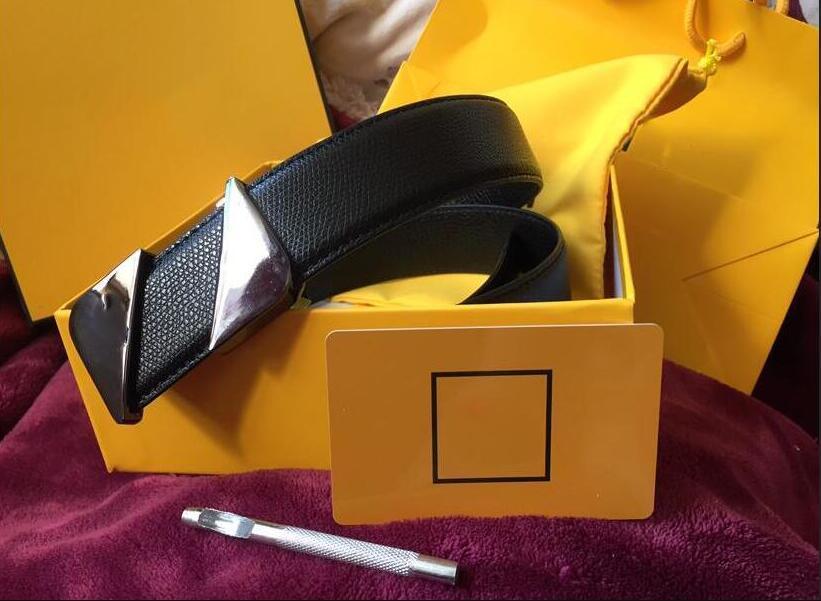 وصول جديد مصمم أحزمة أحزمة 2020 الساخن بيع رجل إمرأة حزام عارضة مع السلس مشبك معدني لحزام الجدة العرض 34MM جودة عالية مع صندوق