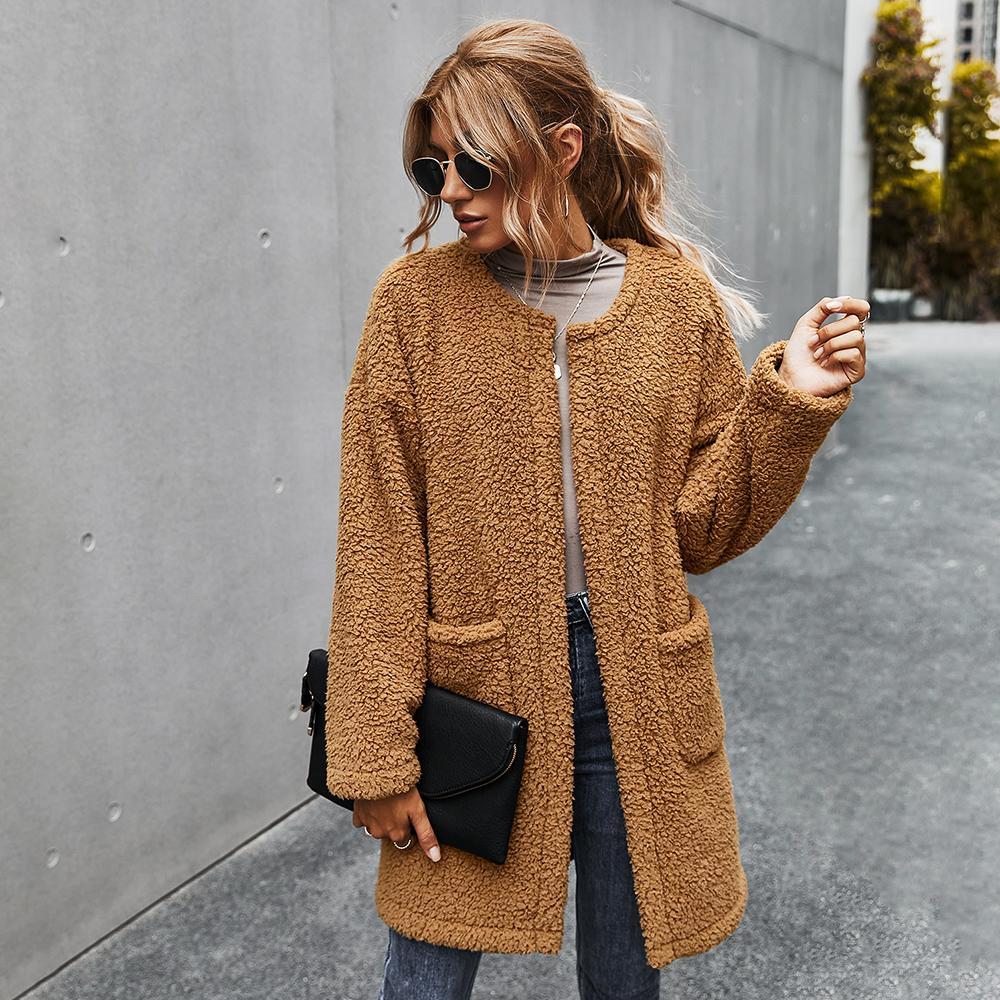 امرأة فريدة الشتاء القطيفة سميكة معطف سترة عارضة أزياء الخريف طويل نمط الجيب تيدي أبلى للإناث 207003