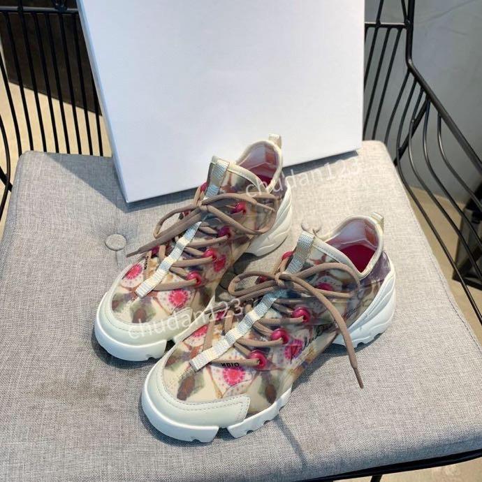 2020 nuevos hombres zapatos zapatillas de deporte con tachuelas Formadores Triple negocio de los zapatos ocasionales las mujeres de los hombres Casual Deportivo rx200610 las zapatillas de deporte