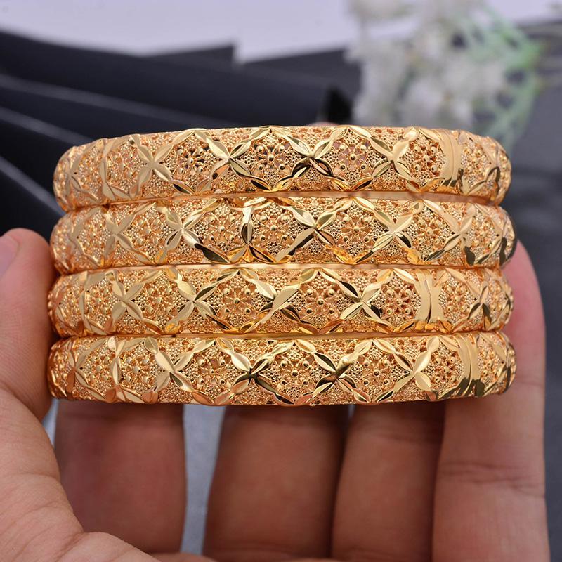 Großhandels4pcs / lot Trendy Goldfarben-Armbänder für Frauen / Mädchen Naher Osten Arabische / Dubai Kupfer öffnen Armbänder Schmuck Geschenke Mama