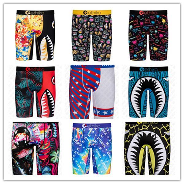 Shorts Mens Underwears dei pugili degli uomini dello Swimwear della spiaggia di estate Quick Dry Shark sabbia stampa sport shorts Intimo beachwear Nuoto boxer D72707