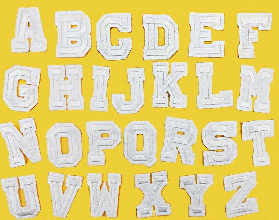26 pièces / set A-Z Lettre pur Anglais blanc Patch fer sur les patchs de broderie pour vêtements avec elle vêtements bricolage accessoires B8QY Appliques #