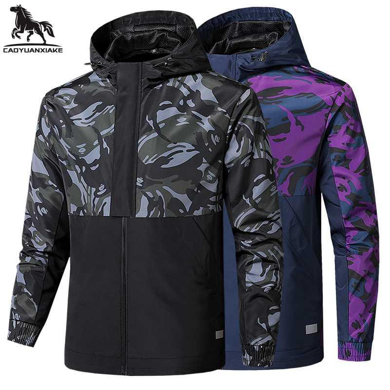 Движение ветровка Мужчины осень Новый Камуфляж мужская куртка с капюшоном сплайсинга Куртки мужчин пальто вскользь ветровки пальто Мужские 5237