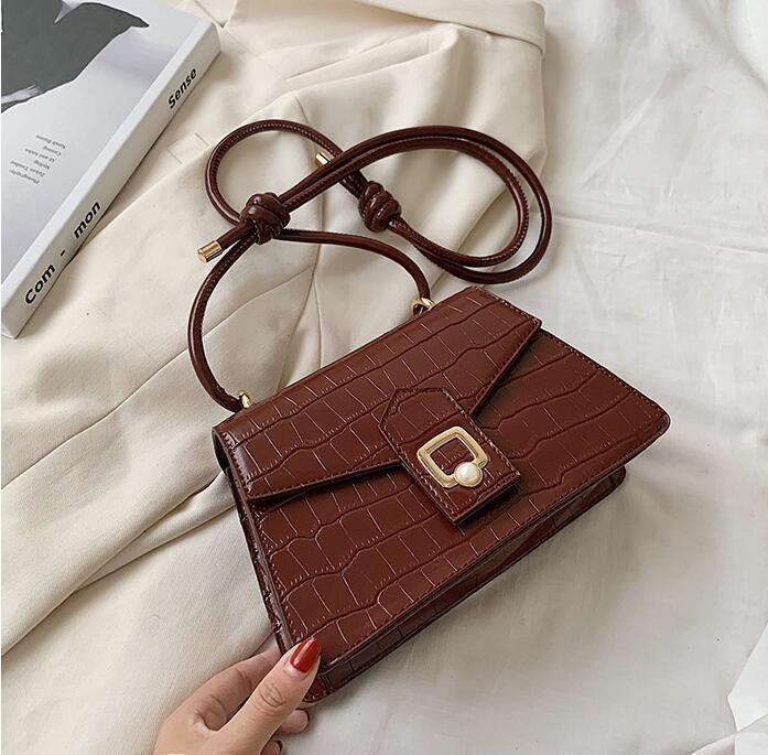 Factory wholesale women handbag simple embossed Stone women shoulder bag sweet little fresh Pearl Messenger bag leather fashion bag