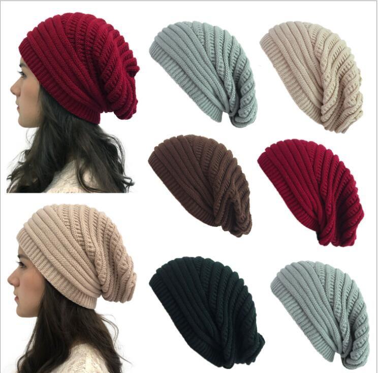 De punto caliente de los sombreros de lana de punto Beanie sólido caramelo cráneo Cap invierno de las muchachas Skullies Gorros manera ocasional del capo Sombrero Sombrero Caps LSK874
