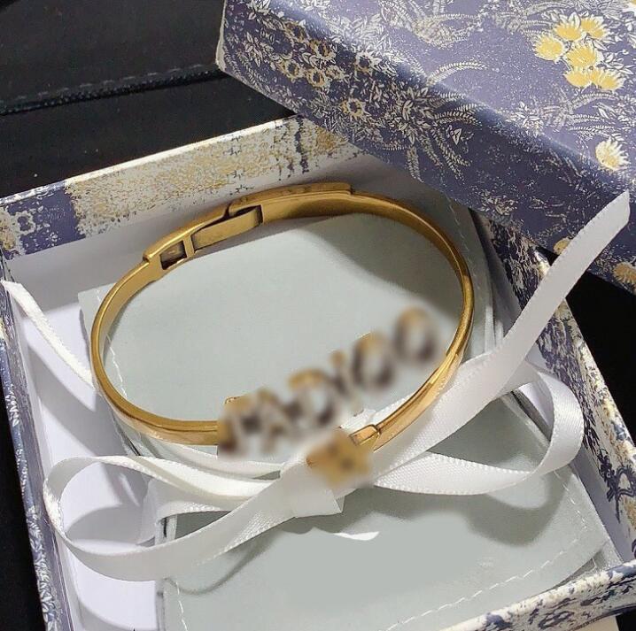 lettre D lettre chaînes épaisses or collier bijoux design femmes de luxe Sautoirs collier bracelets de mode de la clavicule de la mode