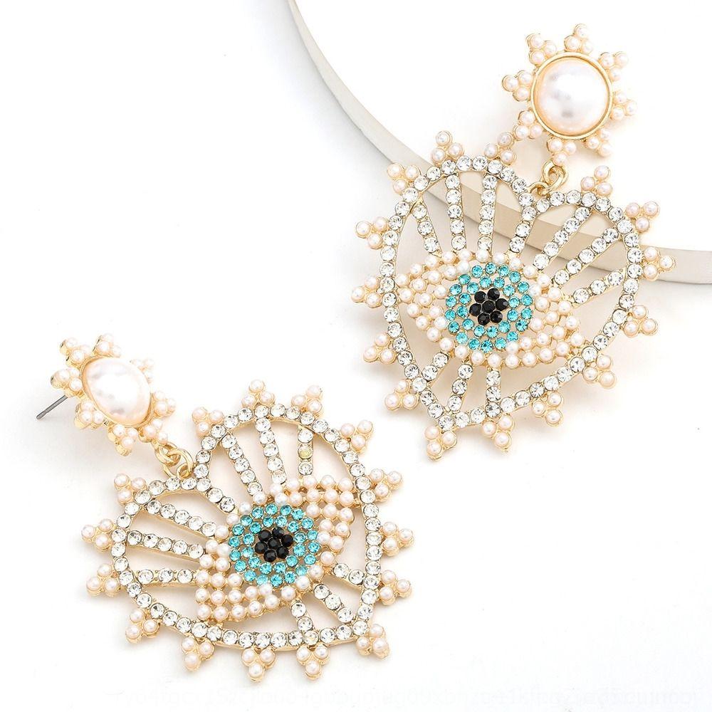 Moda de color de diamantes de aleación de serie ins estilo diamante con incrustaciones pendientes de perlas ojo de color perlas de diamantes en forma de corazón de las mujeres pendientes Gx1Yb