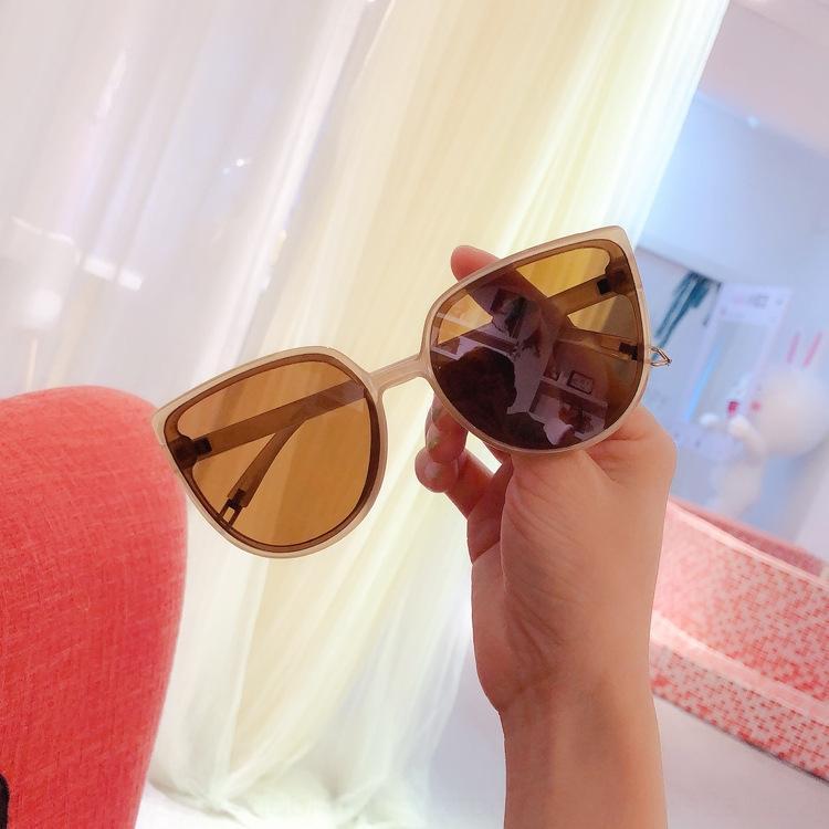Internet Celebrity strada occhiali da sole donne colpo nuovi dimagrante grandi occhiali da sole di moda faccia a prova di UV viso rotondo alla moda