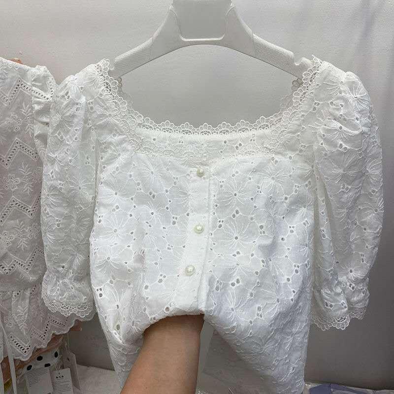 Şık Nakış Dantel Bluz Kadınlar Yaz Kesim Vintage Fransız Kare yaka Nedensel Beyaz Gömlek Kadınlar blusas 200.923 Tops