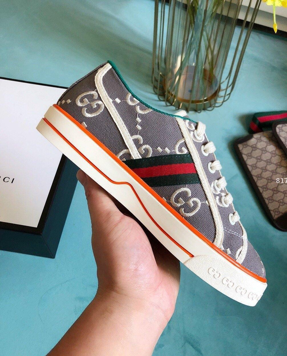 design de luxe 2020 New Woman Chaussures de mode avec Origin Box Top Luxe Sneakers Lace up Casual Sport Chaussures Femme