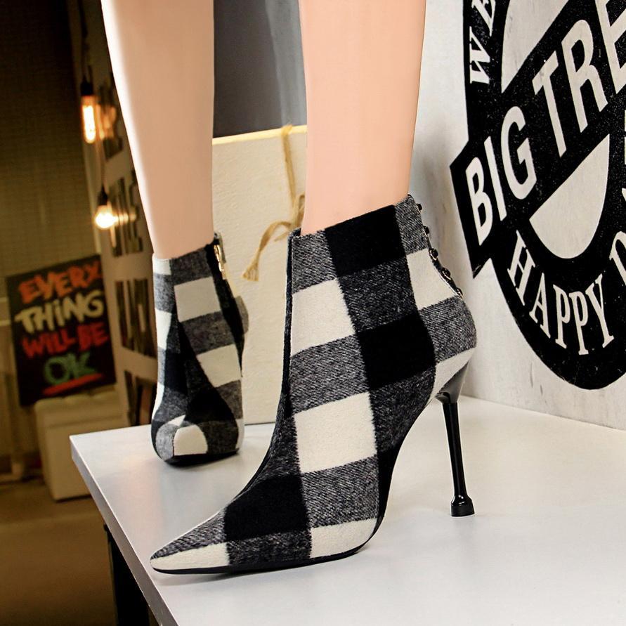 Moda Bilek Elastik Çorap Çizme Chunky Yüksek Topuklar Kare 10cm Stretch Kadınlar 2021 Sonbahar Seksi Patik Sivri Burun Kadınlar Martin