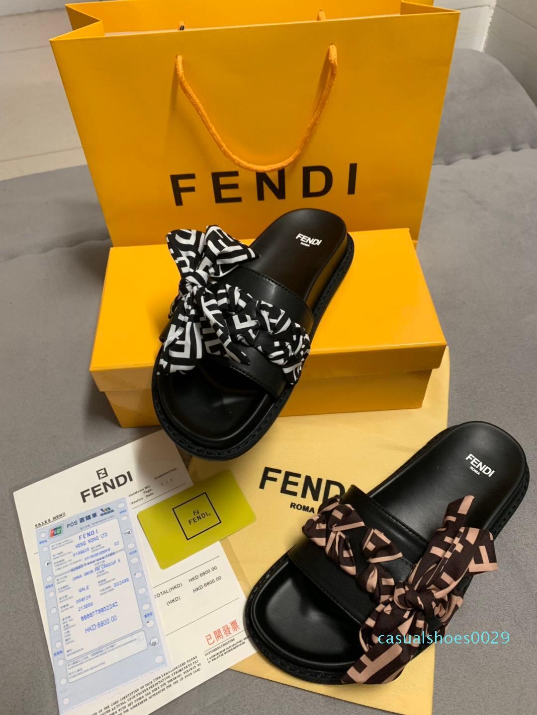 Sandales Designer luxe Cat Tiger imprimé abeille hommes en caoutchouc souple en cuir femmes taille pantoufle sandales 35-45 avec boîte C29