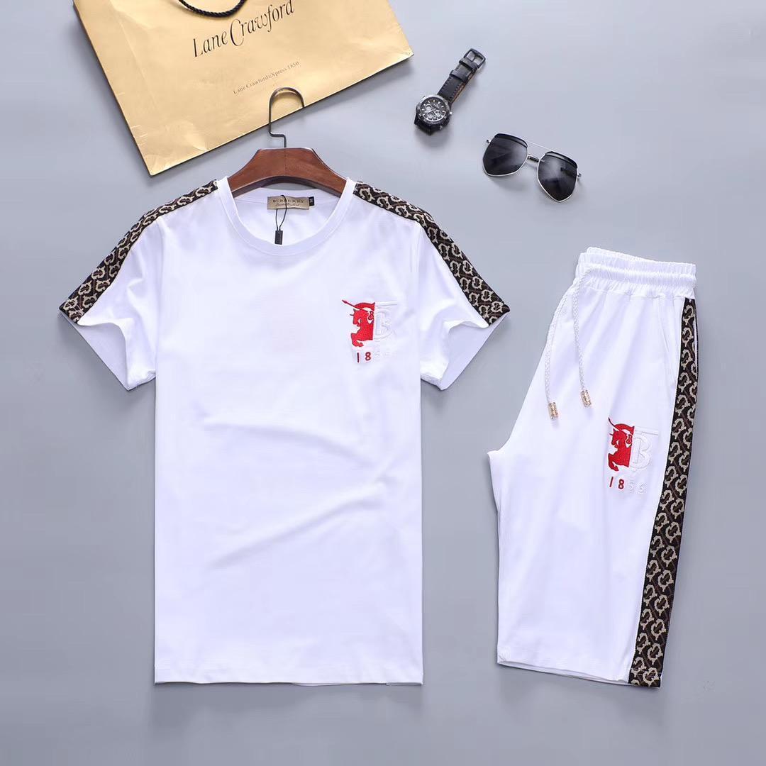 Tişört + pantolon spor takım elbise hiphop kazak koşu Tasarımcı lüks erkek takım elbise yeni yaz marka erkek spor giyim takım elbise