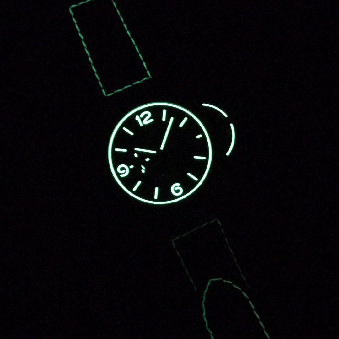 2020 usine VS Taille: 44 MM cas de fibre de carbone Nouveau design lumineux en verre saphir cuir veau gratuit bracelet