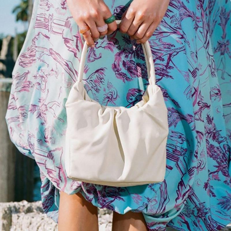2020 Primavera Novos sacos para ombro underarm saco de verão design plissado moda tote mulheres bolsas pequenas bolsas sacos macio mulheres gnfql