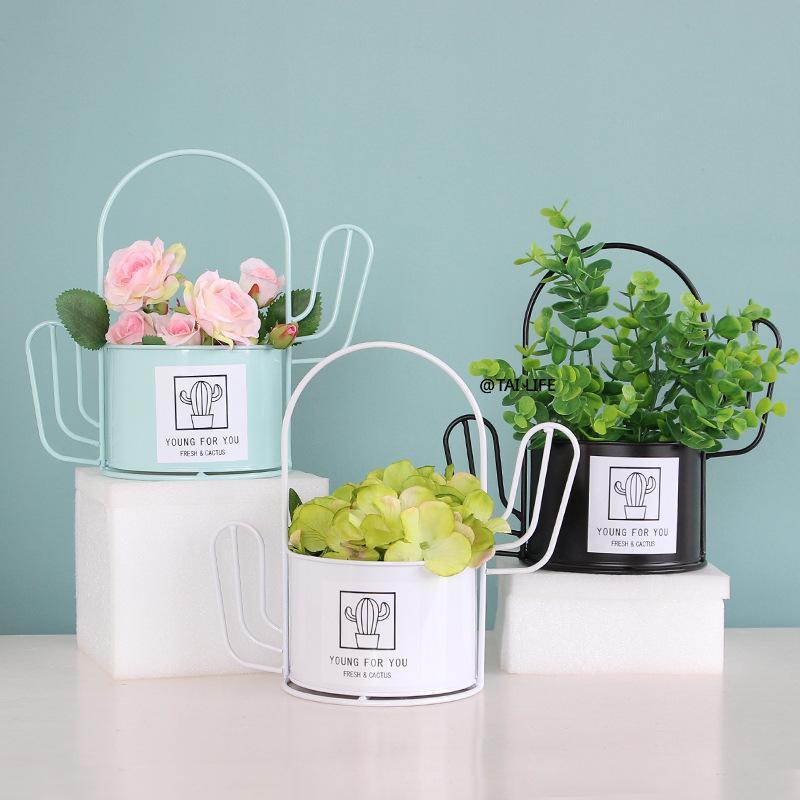 stile nordico geometrico Cactus Forma Ferro Flower Vase minimalista decorazione domestica Wedding decorazione degli accessori per l'ufficio Soggiorno