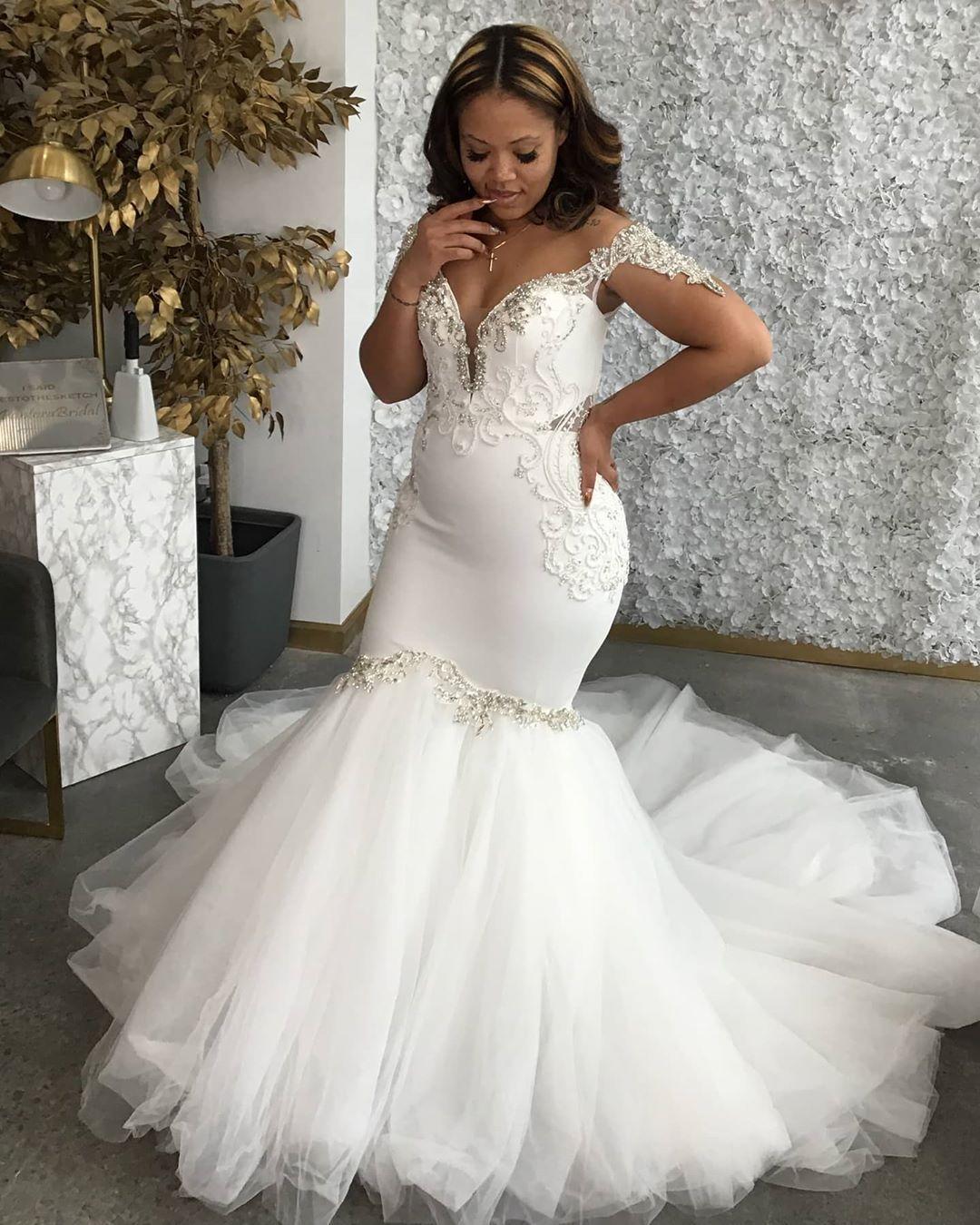 2020 Plus Size Arabisch Aso Ebi Spitze Crystals Mermaid Brautkleider Günstige Sexy Brautkleider Elegante Brautkleider ZJ0423