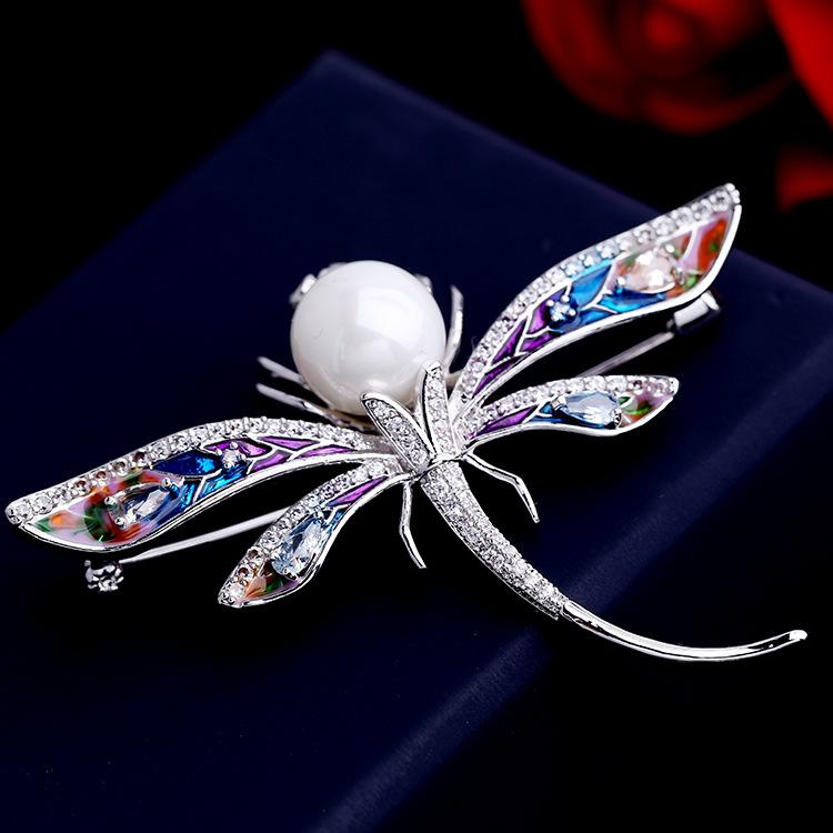 Korean luxury 18k gold-plated butterfly shiny zircon pearl painted brooch jewelry women fashion all-match sweater jacket pin accessories