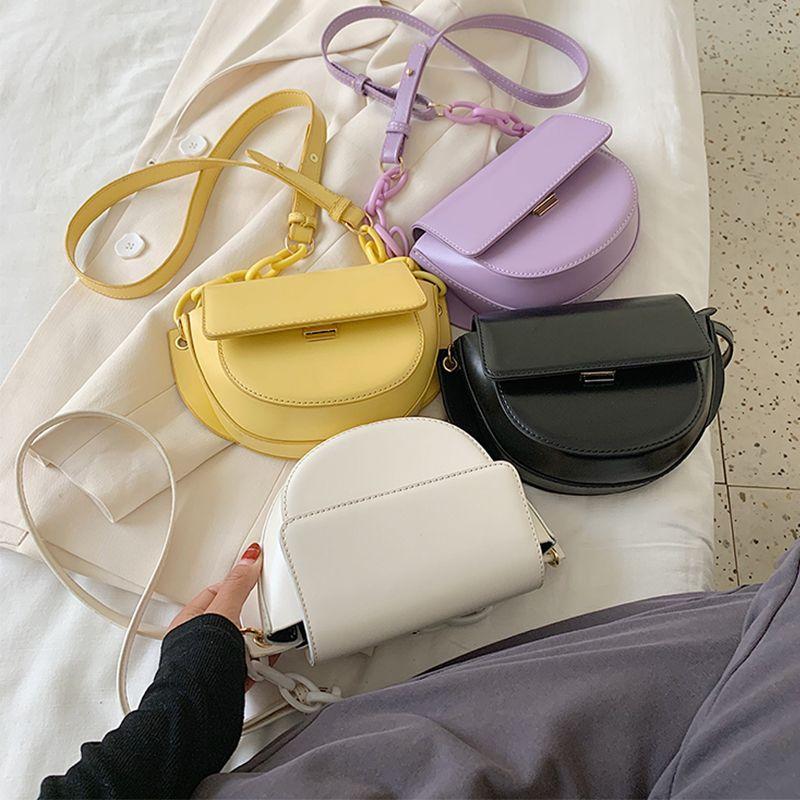 PU Couro Sólidos ombro Cor pequeno saco Bandoleira Casual sacos para as mulheres 2020 Cadeia Acrílico Mini Bolsa Saddle Bag ZD1650