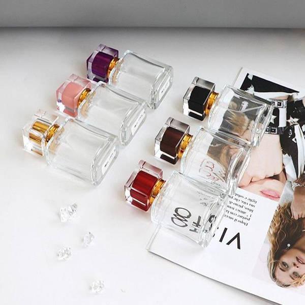 Vente en gros 30ml rectangulaire Parfum Flacon en verre Bouteilles Spray vide avec 6 couleurs Atomiseur Livraison gratuite