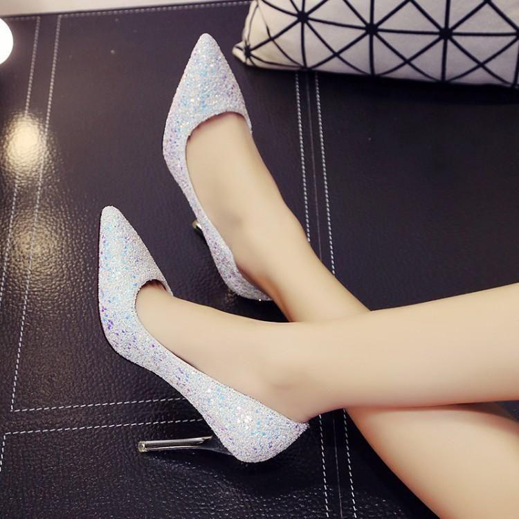 Zapatos atractivos de la boda de la ceremonia Coming Age muchachas francesas Crystal tacones altos para mujer de tacón fino de color de plata zapatos de boda Mujeres