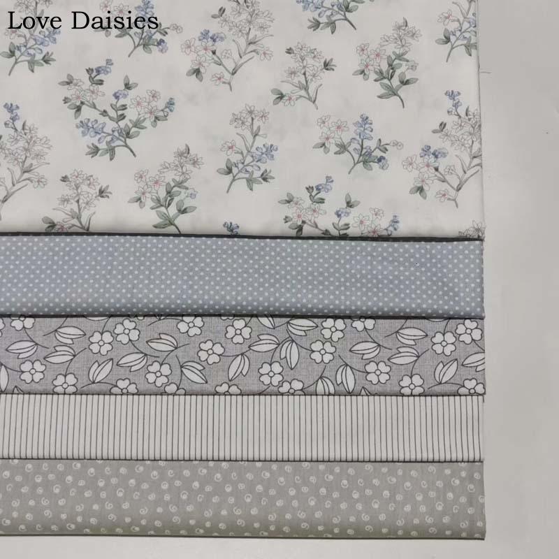 100% Baumwolle Pastoral WHITE GRAY Kleine Blumen-Blumen dünne Streifen-Punkt-Curl-Stoffe für Bettwäsche Bekleidung Dr Handarbeit Home Decor