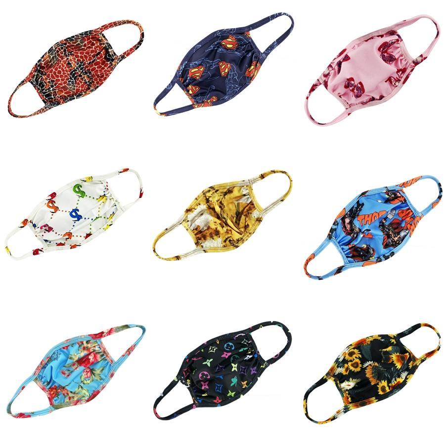 10 Color Star Print Designer Masken Antistaub-Hang Ohr schützende Schablonen-Sommer-dünne Spongs Mundmaske XHH9-3078 # 684