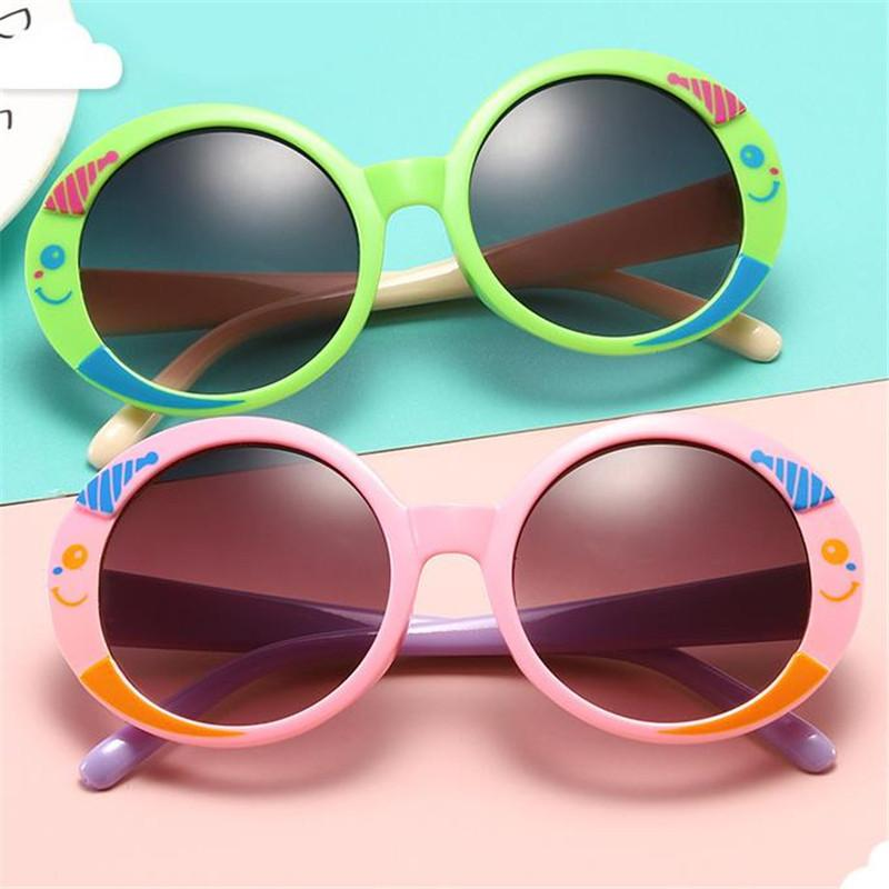 أزياء الأطفال النظارات الشمسية الكرتون يبتسم تصميم السمك نظارات شمسية المضادة للأشعة فوق البنفسجية نظارات الطفل جولة يضفي نظارات قص القوس Adumbral A ++