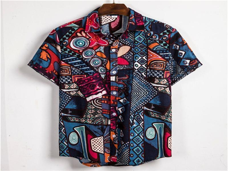زر الطباعة قصيرة الأكمام قميص رجالي هاواي الأزياء اخفض الياقة القمم قمصان رجالي عارضة مع