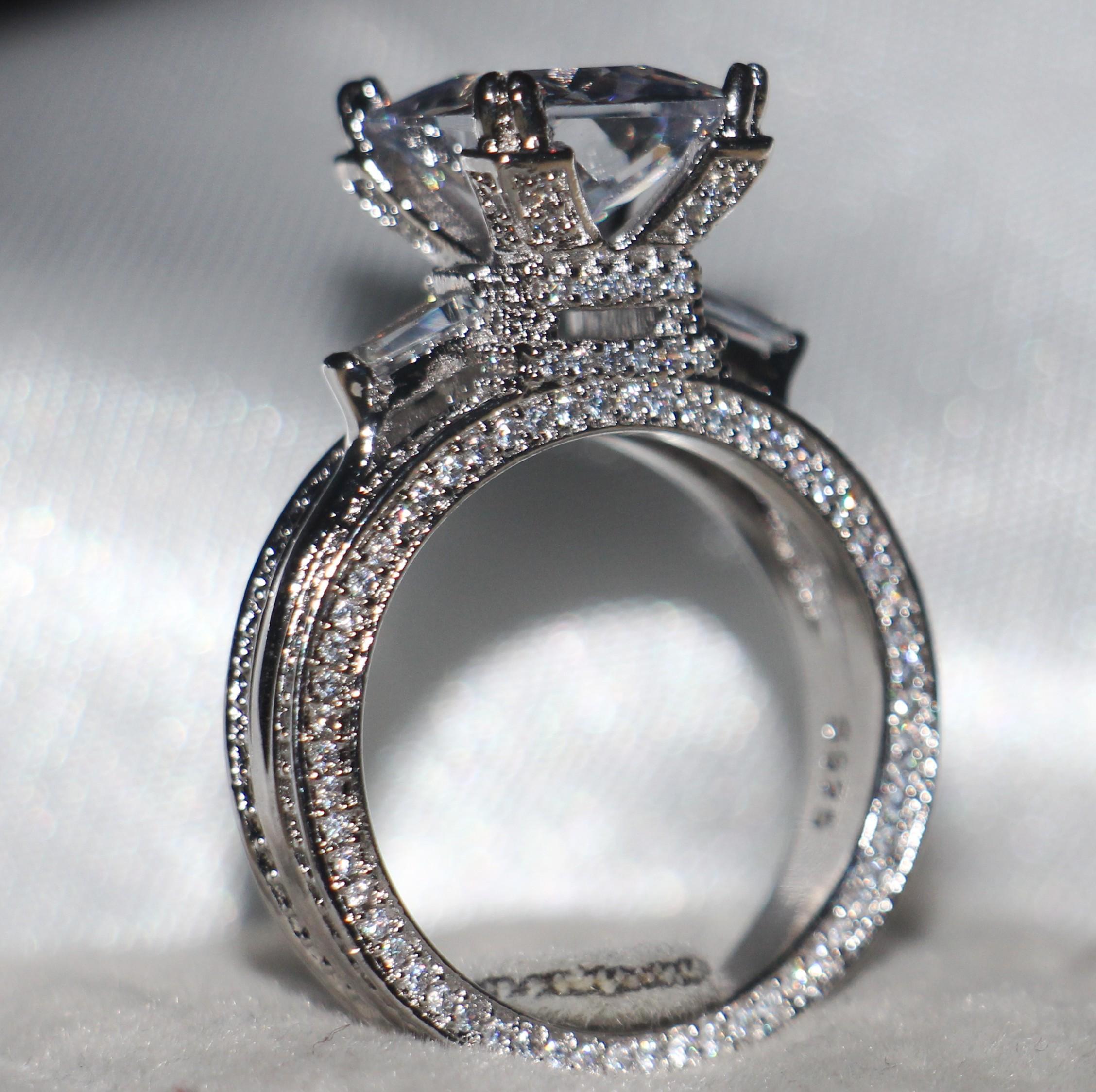 الحجم 5-11 مجوهرات فاخرة 12CT الأبيض توباز الأحجار الكريمة 925 فضة الماس مقلد تمهيد الزفاف الاشتباك برج ايفل هدية خاتم