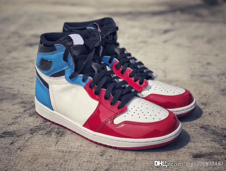 Yeni Üst Hava korku gibi Otantik 1 Yüksek OG Korkusuz Korku Mavi Retro Sınırları, Erkekler Basketbol Ayakkabı CK5666-100 için genellikle sadece bir yanılsama vardır