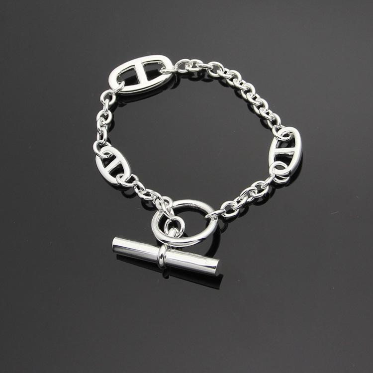 316l Edelstahl OT Schnalle H Gussschweinenase Armband drei tagaktive Ketten Frauen Armband