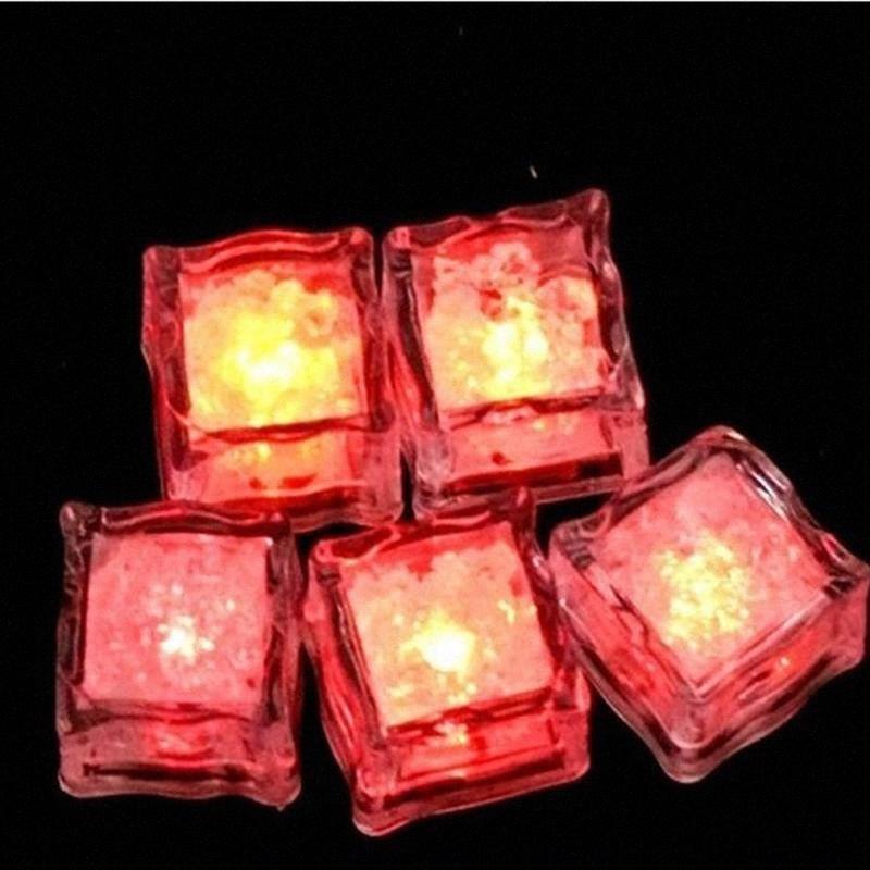 DIY Renkli Flaş LED Buz küplerinin Düğün Festivali Dekor Parti Dikmeler Aydınlık Neon Işık Noel Bar Şarap Cam Düğün decorat eR8c #