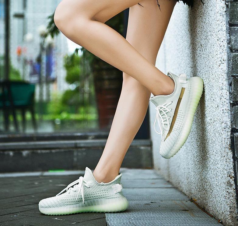 2020 tênis de corrida novo 3M estáticos novos sapatos de desporto de concreto deserto cauda Israfil bola sábio grama luz senhoras homens s sapatos desportivos de designer