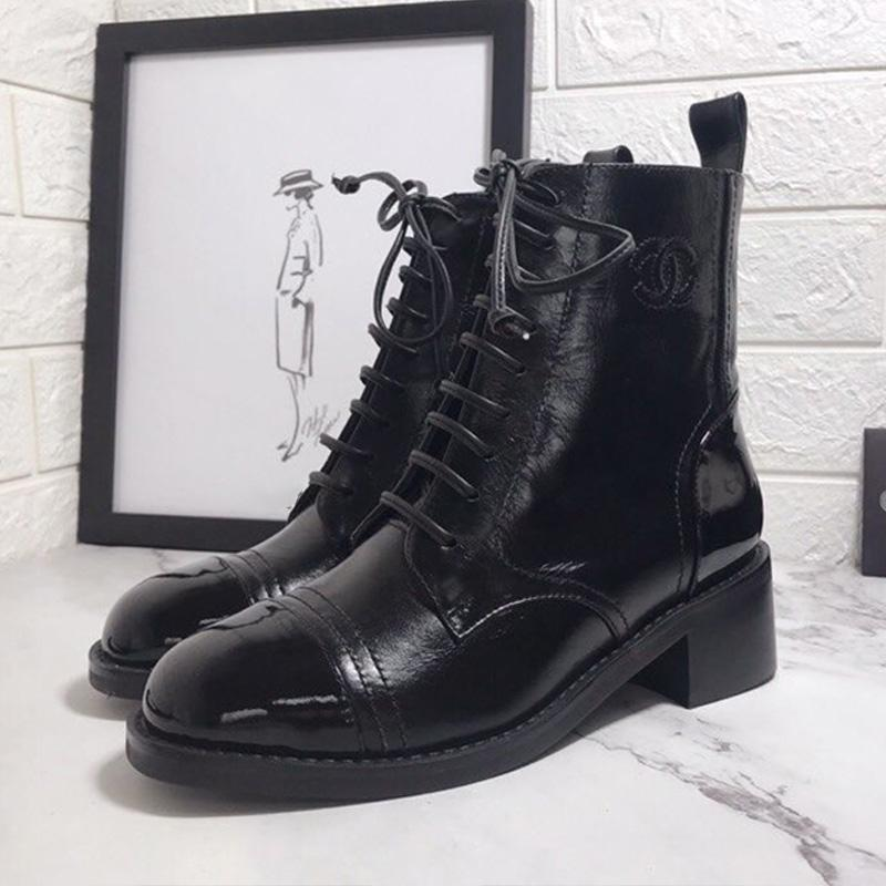 Kaliteli Sonbahar Ve Kış Martin Boots Renk Eşleştirme Deri Kadınlar Çizme Kalın Topuk Yuvarlak Burun Lace Up Orta Topuk Kısa Çizme ABD 5-9 Tip2