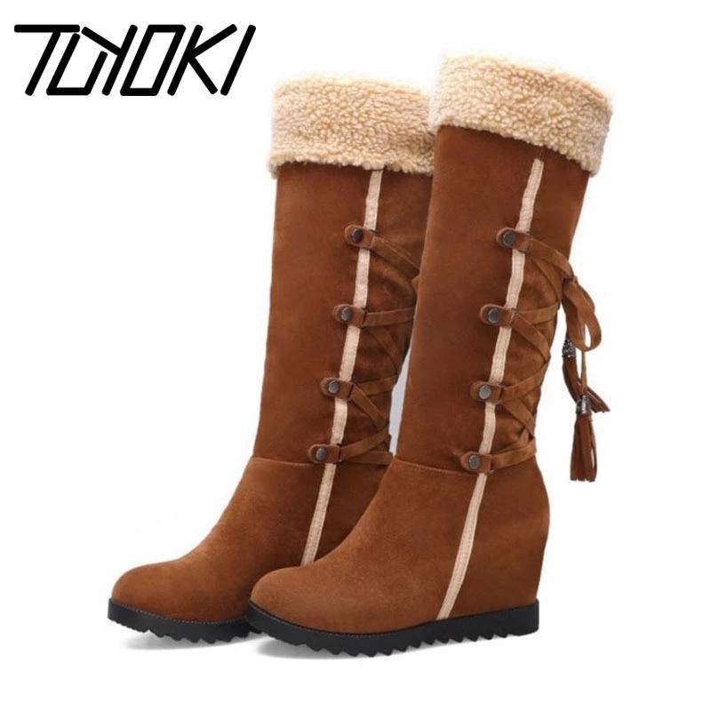 Tuyoki Mulheres Winter Salto Alto Joelho Botas Cross Strap Retro Cunhas botas longas Sapatos Moda Mulher Calçado Tamanho 32-43