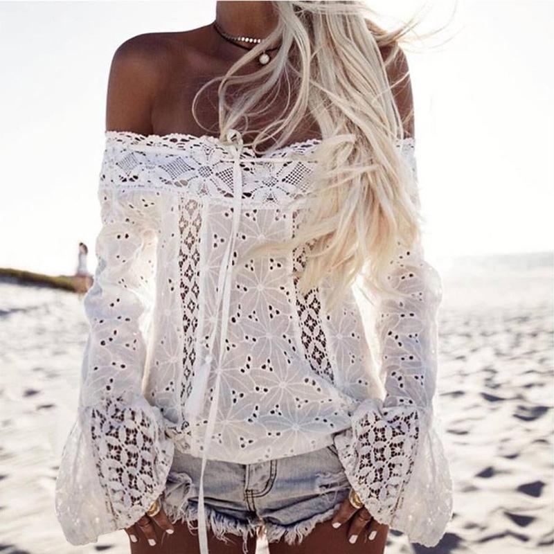 El cordón blanco blusas de verano de las señoras largas de la moda de la llamarada de la manga apagado de las mujeres vendedoras calientes camisas de hombro ocasional de las mujeres remata la blusa XXXL