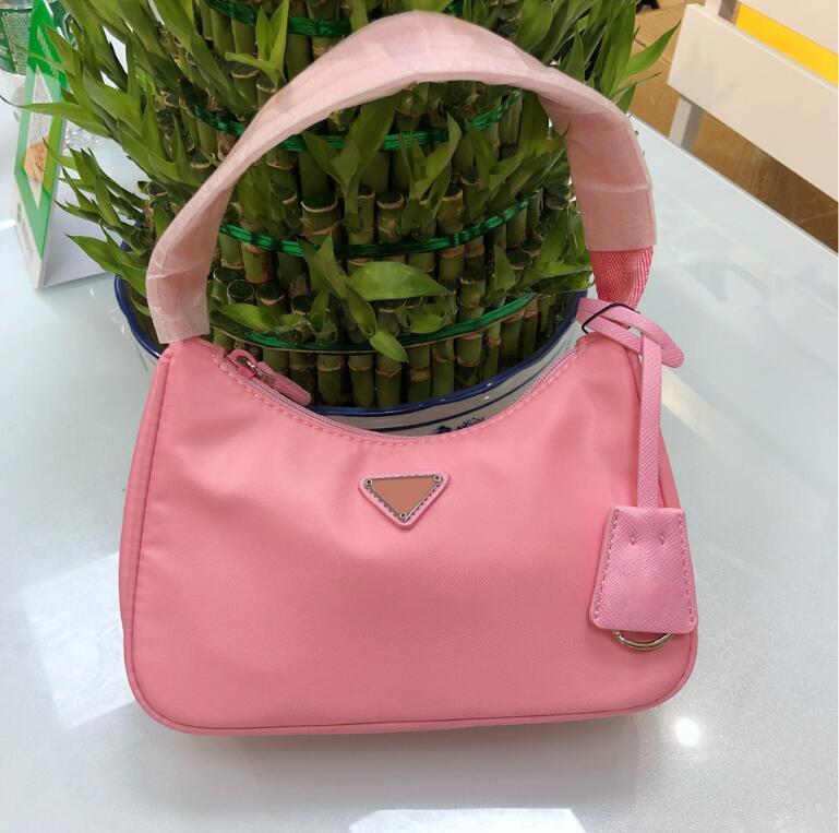 Kadın Çanta Çanta Çanta Tasarımcılar Crossbody Luxurys Messenger Moda El Mini Omuz Tote Backpac Dtumw