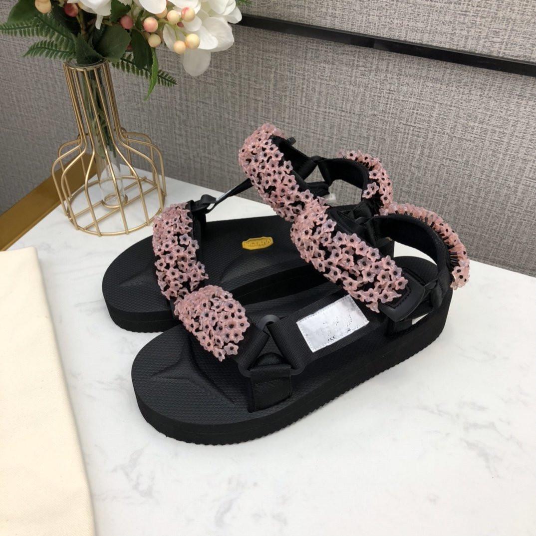 Толщина Мода Женщины Сандал Дизайнерские Цветы Шаблоны Известные Стиль Женская обувь Hook Summer Удобные девушки обуви Vigor Популярное