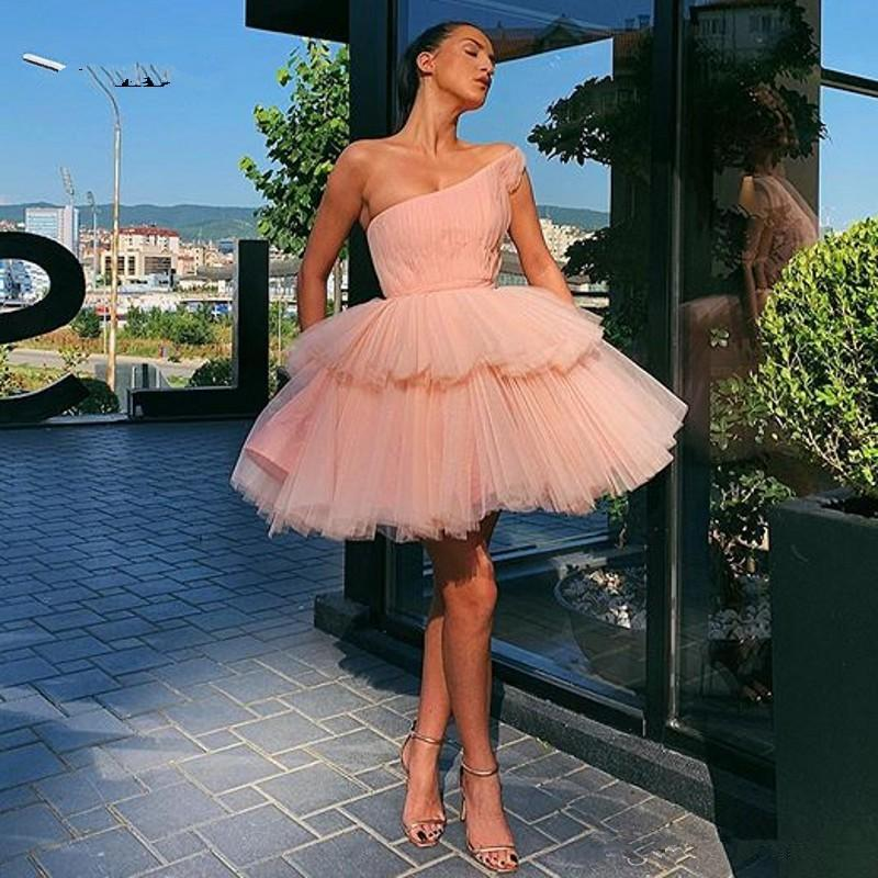Short Puffy Cocktail Dresses 2021 One Shoulder Pleated Party Dress Pink Tulle Dance Dress Tiered Skirt