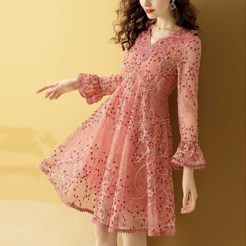 Gedivoen Осень Vintage Короткие мини платье Женщины V Neck Цветочные Вышивка Mesh платье модельера Элегантные платья Vestidos