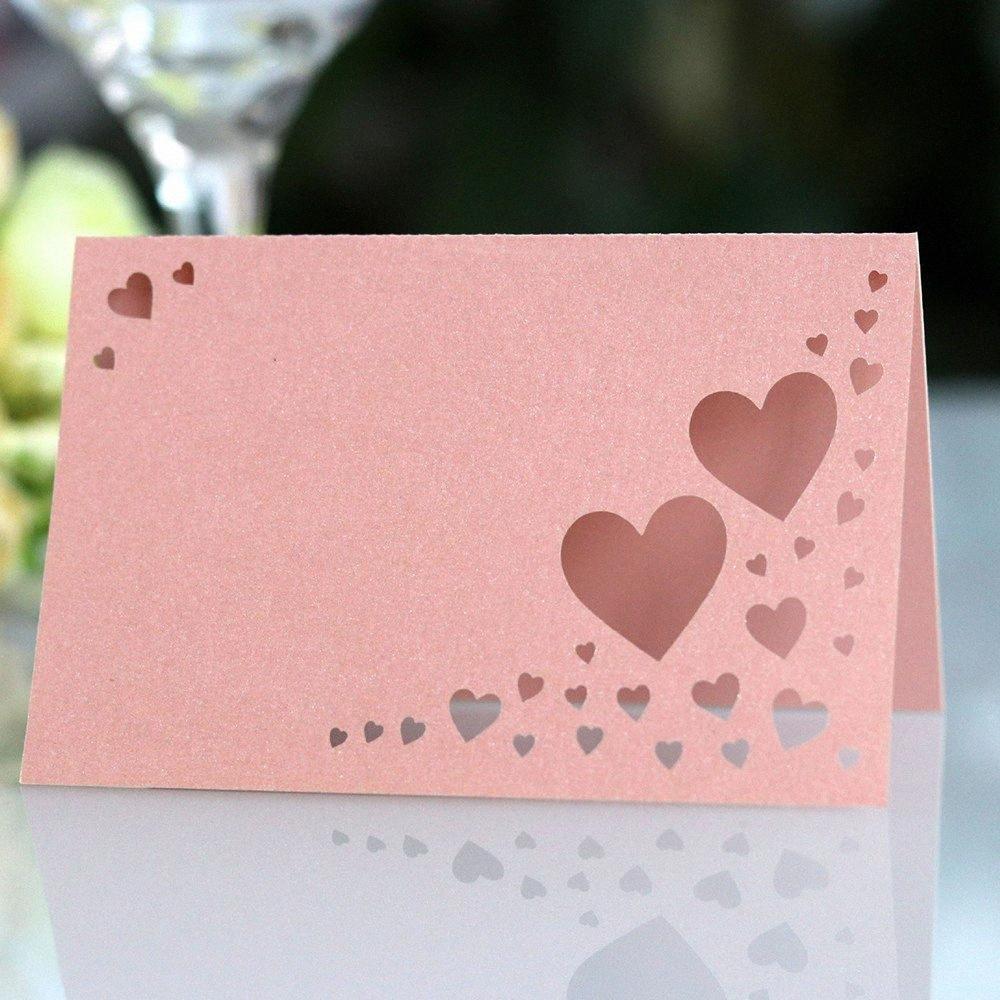 50pcs cuore stereo della carta sede di nozze cava amore carta nome inglese segno in sede bel tavolo farfalla Nuovo ZnZL #