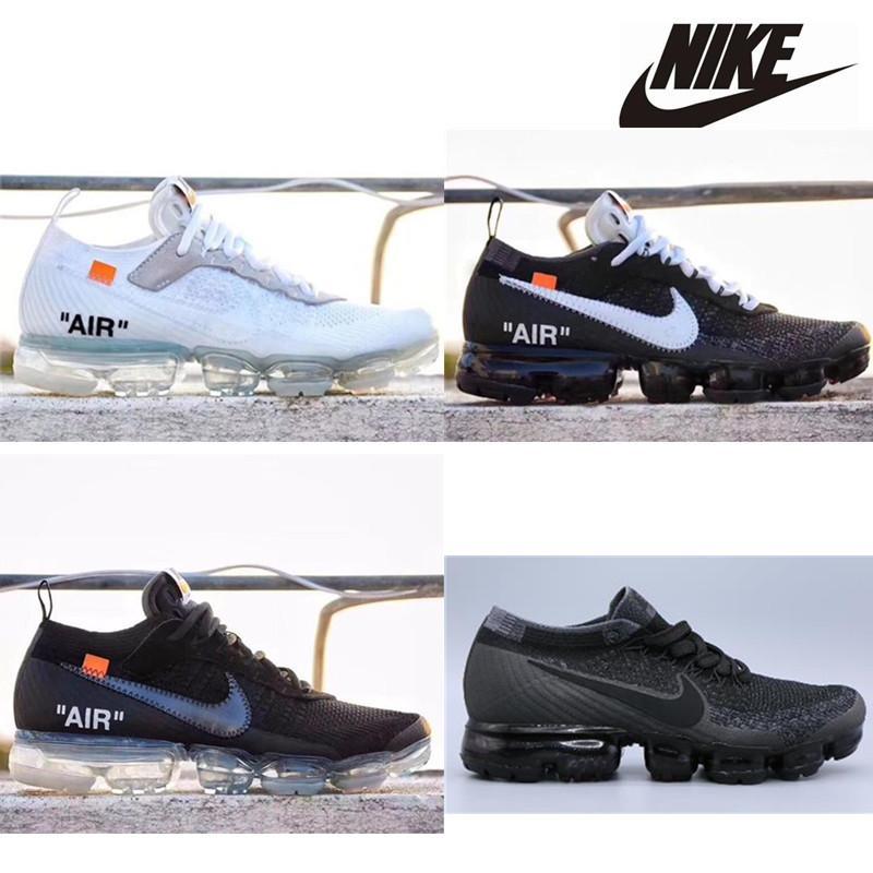 Cuscino modo poco costoso delle donne degli uomini scarpe Triple Black White Casual Outdoor Trainer Sport scarpe Size 36-45 corsa