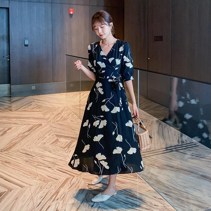 4OU01 YWUJI Floral Chiffon Mittellanges Kleid Sommer 2020 neue slim fit fit im mittleren Alter langer Rock langer elegantes Kleid mit V-Ausschnitt Rock Mutter