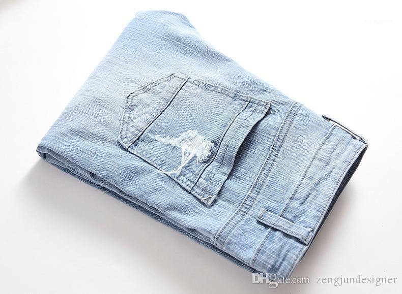 Gerade Neue Designer Homme Kleidung Lässige Kleidung Mens Fashion Style Jeans Light Blue Loch Summere Knopf