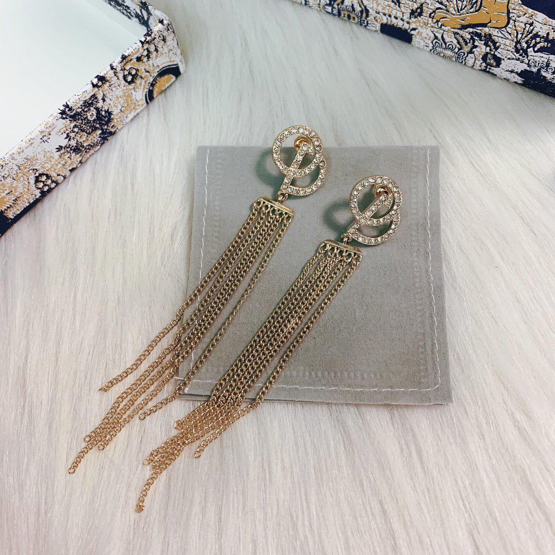 C2057 Moda nappa lettera orecchini nappa corona di qualità trasversale del cuore della stella perno orecchini Seiko accessori gioielli femminili JD