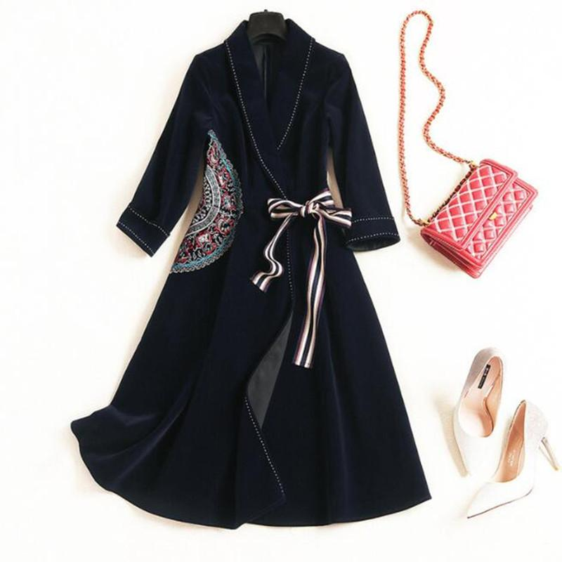 Robe à manches longues Vintage Blazer nouvelle mode printemps lacent broderie Lapel femmes élégantes, plus la taille XXL velours robe d'hiver LJ200826