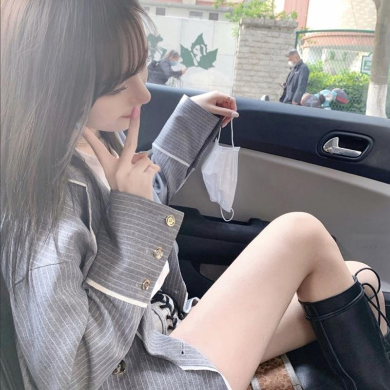 XIbUD listrado cinzento casaco para mulheres 2020 nova camisa Top camisa Brasão início do Outono versátil moda estilo coreano top solta moda