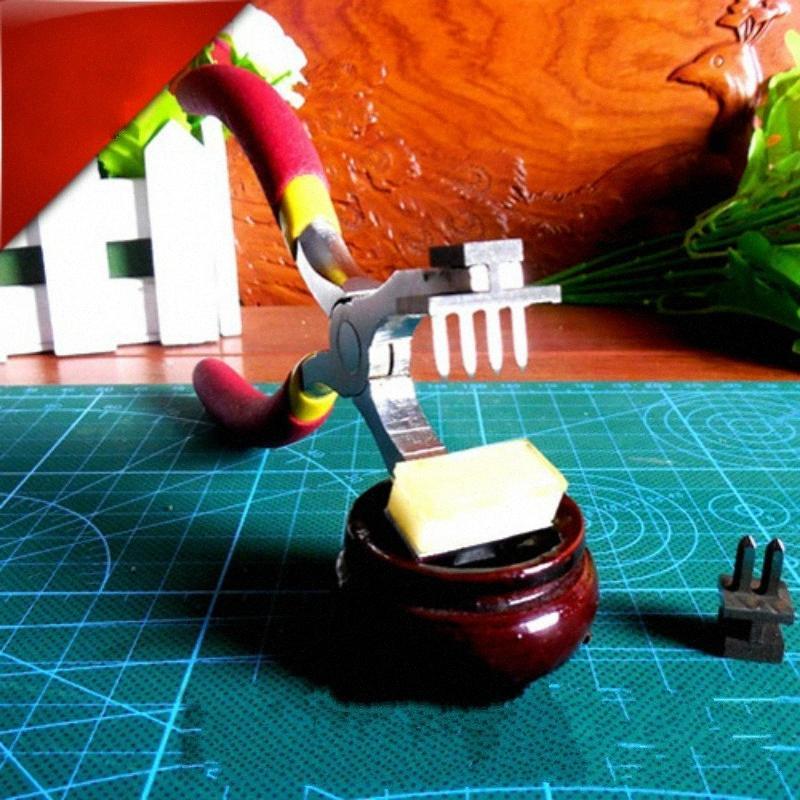 El yapımı Yüksek karbon çeliği Craft Delik Dikiş Punch Kesim Elmas Sessiz 4mm Kerpeten Fransa Kesim Deri Aracı kgNC #