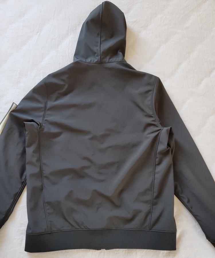 Neue Ankunft # 40927 Mode Herbst Winterjacken Licht Weiche Jacke Herrenjacke Mode Pullover Kostenloser Versand